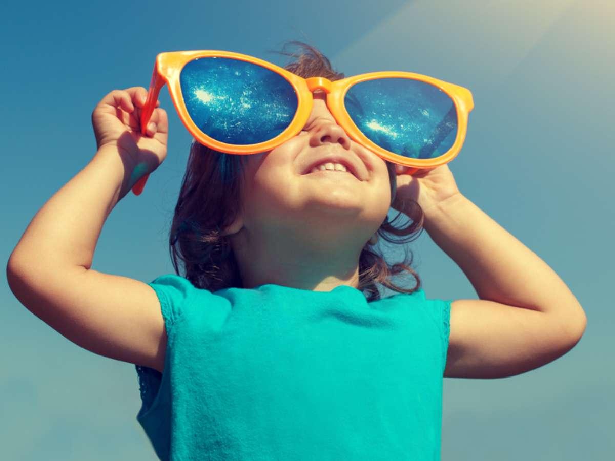 Perché Anche I Bambini Devono Indossare Gli Occhiali Da Sole